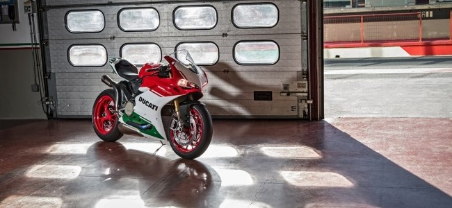 16-1299-panigale-r-final-edition-40.1561093504