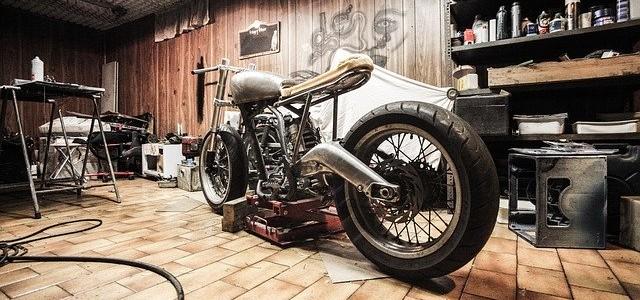 motorbike-407186_640