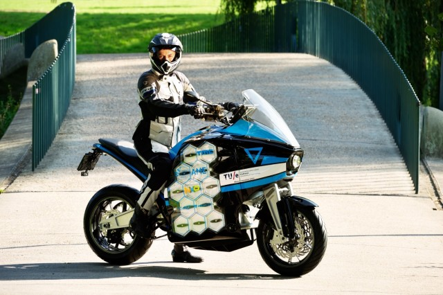 E-bike Strom Pulse je cestovní motocykl